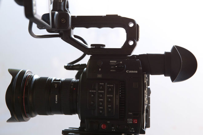 "Canon C200 - Cinema Package with Leica-R and 7"" Wireless"